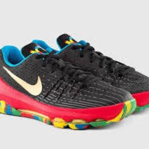 unisex Nike sneakers/running shoes